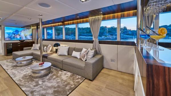 Парусная яхта Dalmatino