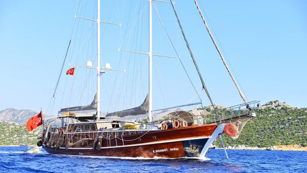 Kaptan Mehmet Bugra Гулет
