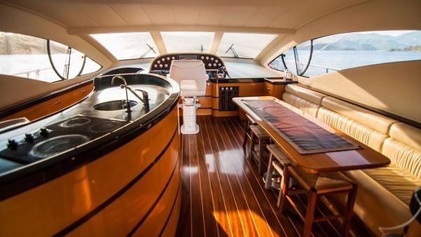 Моторная яхта Durcan Bey