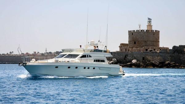 Моторная яхта Eviva