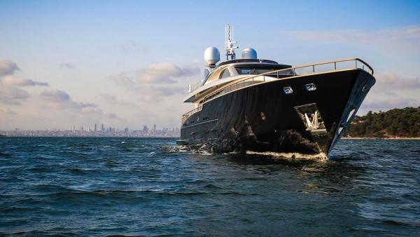 Моторная яхта Harun