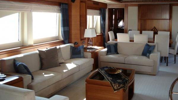 Моторная яхта Merve