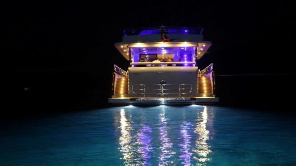 Моторная яхта Simay F