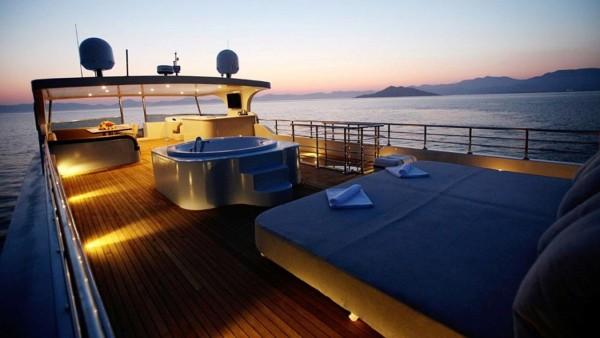 Моторная яхта Simay S